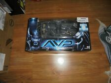 """AVP """"Birth of the HYBRID"""" Deluxe Boxed Playset Action Figures McFarlane 2005"""