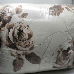Pottery Barn Teen Emily & Meritt BED OF ROSES Full Queen Comforter Brown WHITE