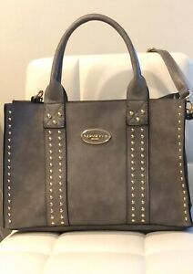 DASEIN MEDIUM SIZE FAUX LEATHER  HANDBAG GRAY WITH GOLD STUDDING & WRISTLET