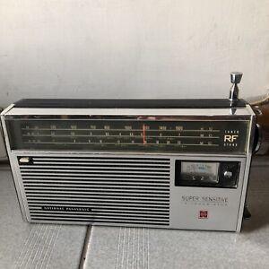 National Panasonic R-397 Super Sensitive 12 Transistor Radio Made In Japan
