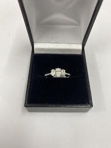Diamond 3 Stone Oval Ring