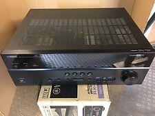YAMAHA RX-V673 7.2 Channel 100 WATT AMPLIFICATORE RICEVITORE... deliziosa GRATIS P&P.