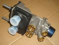 ONE ONLY DAF FOOT BRAKE VALVE SUITS LATE CF & XF MODELS (1677510)