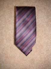 Via Regina 100% Silk Tie Purple Zig Zag Multi Made in Como Italy Mens Tie NEW