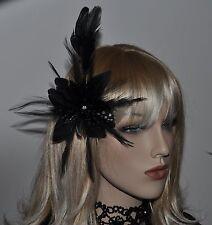 flores plumas Broche Pinza para el pelo negro Fascinator Ramillete Flor Estrás