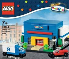 LEGO 2015 Bricktober, 40144 Toys R Us Store, New in sealed box, Exclusive
