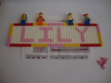 CUSTOM LEGO BUILD YOUR OWN NAME PLATE & INSTRUCTIONS + 4 MINIFIGURES