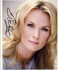[2479] Leigh Zimmerman Signed 10x8 Photo AFTAL
