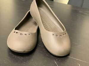 Women's Size 8 Crocs - Discontinued Ballet Flats, Stone-Grey color, Nice