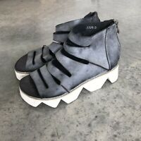 Grey Art To Wear Dinosaur Teeth Womens Shoes Platform Strappy Sandals Shoes 7.5