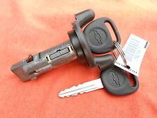 New CHEVROLET GM Ignition Lock Cylinder Tumbler Key Switch W/ 2 OEM Logo Keys