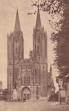G1716 France - Cathédrale de Coutances - La façade et les flèches - 1933 print