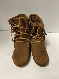 Minnetonka Moccasins 623 Woman's Tramper Boots Brown Suede Size 8