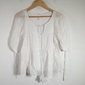 Spicy sugar womens top size 8 broderie cotton blend short sleeve round neck