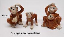 lot de trois singes en porcelaine, miniatures de collection, monkey,aap  tp15
