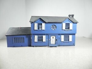 TWO STORY HOUSE WITH GARAGE 0 - 0/27 Gauge Trains CUSTOM