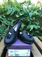 Carvela Kurt Geiger Black Flat Loafers/Please Read Description !!!