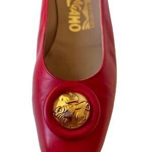 Salvatore Ferragamo Gold Medallion Low Pump Shoe Women's sz 6 AAA Red