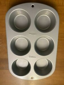 Wilton 6-Cavity Muffin Cup cake cupcake PanExcellent preowned condition