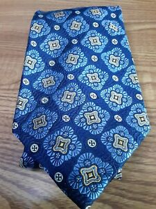 Robert Talbott Best of class Nordstrom men's 100% silk necktie TIE