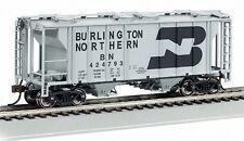 Bachmann HO Scale 73502 Burlington Northern PS-2 Covered Hopper