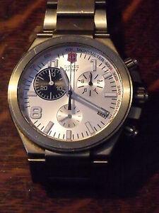 Original Victorinox Swiss Army Titanium Water Resistant Watch