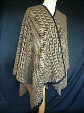 GORGEOUS SOFT WINTER  TAN BLACK HERRINGBONE WRAP TOWIE ESSEX FABULOUS ON PONCHO