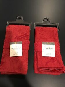 Threshold 2 Pack Red 20x20 Inch Flower Pattern Napkins (2 Sets) New Target Brand
