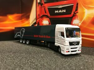 MAN TGX Model Truck & Trailer 1:87 Scale