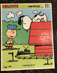 vtg PEANUTS frame tray 24pc puzzle 11.5x14.5 Snoopy Charlie Brown Trains Golden