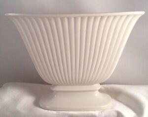 Wedgwood Small Fluted Posy Trough Vase Wedgewood China Ceramic white cream