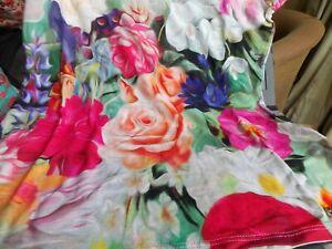 TED BAKER Floral Swirl ViscoseTee Cap sleeve Briana  size 2 (UK 10-12) BNWoT