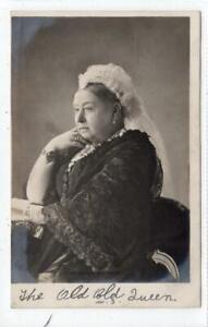 H M QUEEN VICTORIA: Royalty postcard (C62823)