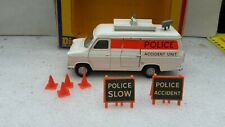 DINKY TOYS ANGLETERRE 272 FORD TRANSIT POLICE ACCIDENT UNIT COMPLET QUASI NEUF