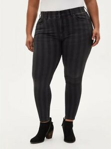 Torrid 22 Bombshell Skinny Jean - Super Soft Black Stripe High Rise Stretchy