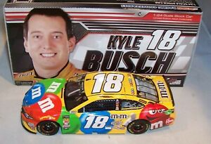 1:24 ACTION 2018 #18 M&M'S BRAND CANDY JGR TOYOTA CAMRY KYLE BUSCH 1/1789 NIB