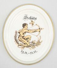 9988065 Porzellan Wandbild Sternzeichen Medaillon Schütze Kämmer 9,5x11cm