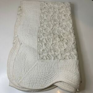 quilted throw blanket matelasse seashell scalloped edge 59x46