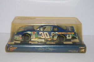 NASCAR Winners Circle Jeff Green #30 America Online Daffy Duck 1:24 Die-cast Car