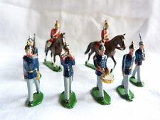 8 soldats de plomb allemands ou autrichiens au défilé - Guerre 1914-1918 -Lot 15