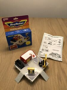 Micro Machines Travel City Service Station Complete (German Language Packaging)