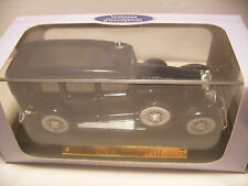 voiture d'exception 1/43 eme Atlas CADILLAC V-16 Berline 1931 Neuf Metal