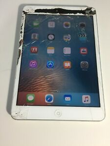 Apple iPad mini 1st Gen. 16GB, Wi-Fi, 7.9in - White & Silver #361