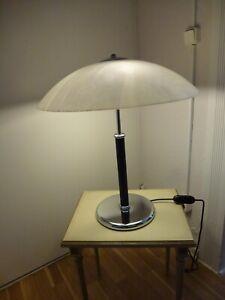 Mid Century Design Tischleuchte Lampe Chrom Schirm Glas mundgeblasen 70er J.