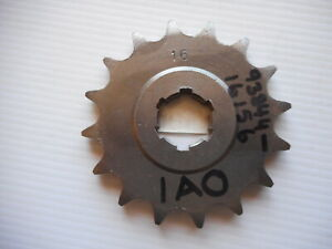 YAMAHA RD250 RD350 RD400 16T NOS FRONT SPROCKET ----- 31-1A1-16 / JTF567
