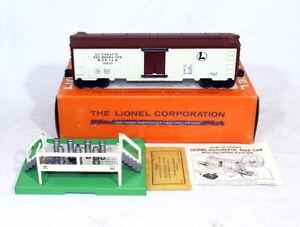 Postwar Lionel 3662 Operating Milk Car~1960's Version~w/Nice OB & Instructions