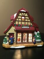 **Vintage LIGHTED CHRISTMAS VILLAGE TOY SHOP ST NICHOLAS SQUARE(?) w/cord