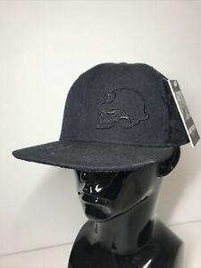 Flat Fitty Lavish Metal Mulisha Skull Baseball Cap Size 7 5/8 Fitted Black Tag