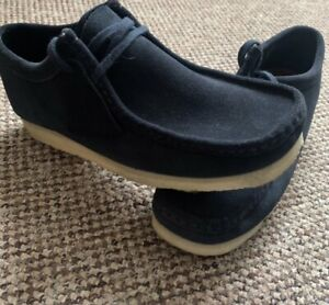 mens clarks wallabees 7