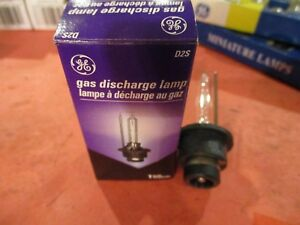 D2S--GE-Headlight Bulb-Standard Lamp - Boxed Headlight Bulb -NEW